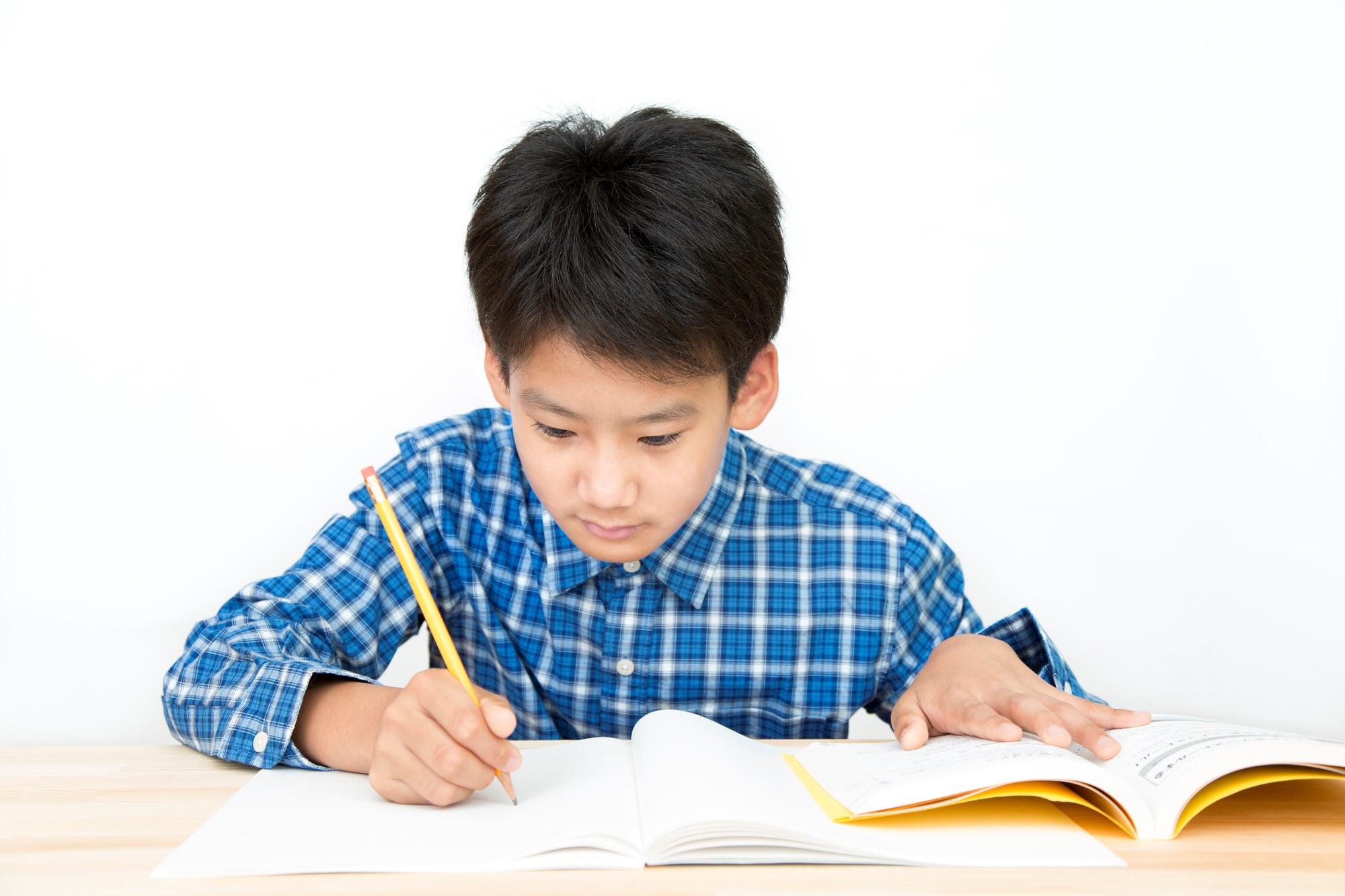 学習効率を高めるための復習の仕方とタイミング